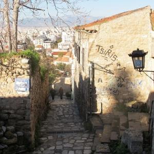 アテネで動画編集に詳しい方教えてください。