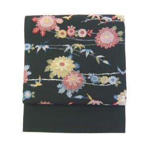 菊模様の帯