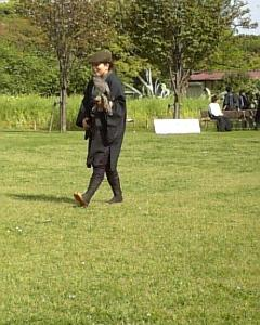 浜離宮の鷹匠のアップ写真