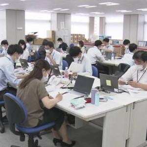 17万人もの職員が出入りする東京都庁でクラスター起きないの何でだろー♪ 陽性者の増加を報じているのに死者数の減少を報じないの何でだろー♪