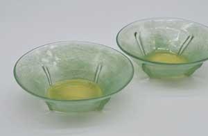 季節感のある緑の鉢