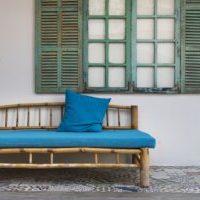 青 ブルーのソファに合わせるお洒落なラグ 北欧インテリア
