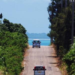 海を見下ろす小浜島のプチ絶景ロード
