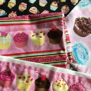 ケーキ柄のファブリック