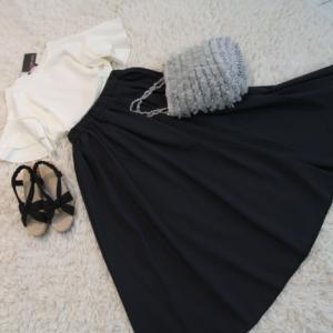 ブラックのロングスカート