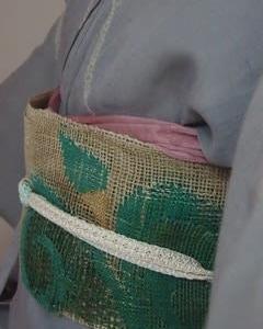 グレー生紬と羅の帯・フレンチレストラン