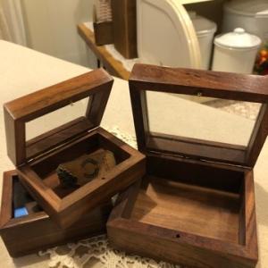ウッドボックスと2ワンコ