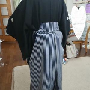 初めての方に成人式の紋付袴の練習&自宅もきもの教室