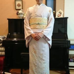 令和元年10月26日一件目の出張着付は大阪狭山市、訪問着の着付&ヘアセットのご依頼でした。