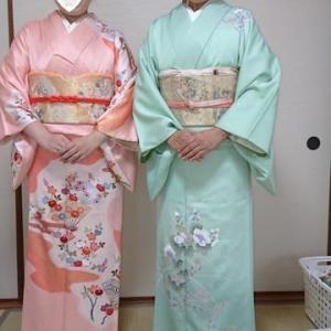 令和元年11月16日出張着付け3件目は堺市東区、訪問着の着付&ヘアセット2名のご依頼でした。
