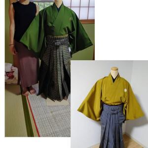 娘とさと子(娘の友達)の成人式の袴の練習会です。