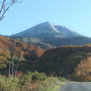 八甲田の山は冬の訪れ