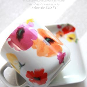 colorful flower & hura girl