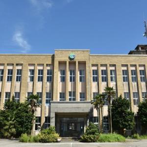 黒部市のグッバイ旧庁舎とか。