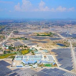 ニントゥアン省:国内最大級の太陽光発電所を着工へ