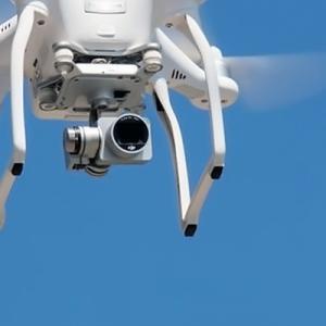 【テロ対策】飛んできたドローンは敵か味方か 瞬時に識別する実証実験