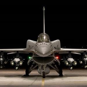 米国、台湾にF16戦闘機66機売却へ 中国「断固反対」
