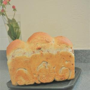 10月新メニュー「クルミのハードトースト/Veggie Muffin」