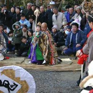 毎年1月第4日曜日、箟岳白山祭