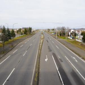 直線道路日本一! 中間地点から。