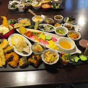 神戸、三宮 鶏料理「ひとりひとり」☆パワーアップ週末限定ランチ!!