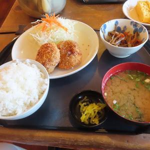 加古川、大衆食堂 「ぱっぱ屋」☆コロッケ定食