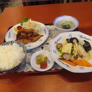 神戸、三宮 「中華料理 万里」-とんかつにイカ炒め☆ランチ