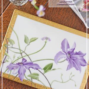 ヒラヒラとした花びらが美しい♪クレマチスの陶板♪<◆生徒様作品集◆>