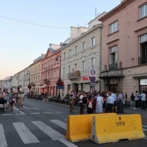 ポーランド旅行6・ワルシャワ新世界通りのレストランで