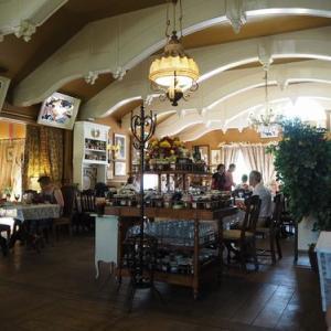 ポーランド旅行4.ショパン生家近くのレストランにてランチ