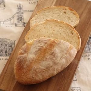 全粒粉10%のセミハードパン