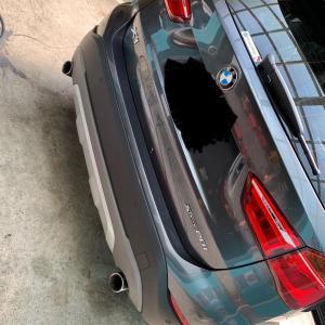 BMW X1  シート補修、塗装