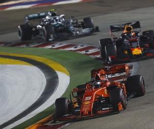 FIAがF1エンジン(PU)の不正対策にようやく本気出してきた?全チームにオイルの仕様や量の提出を求める