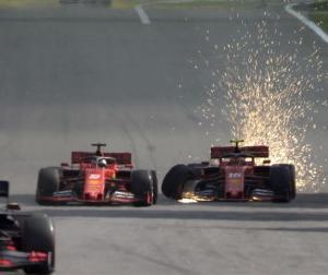F1ブラジルGP:フェラーリ代表ビノット、同士討ちについて「今はどちらに非があるのか判断はしたくない」