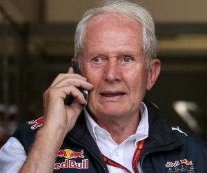 レッドブルのマルコ博士がF1ブラジルGP後にホンダと契約延長の話を進めるため日本に向かったらしい