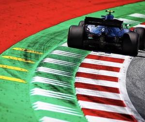FIAの医療専門家「仮にF1関係者に陽性者が出てもレース中止の必要はない」