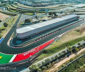 F1公式が9戦目以降の開催地としてオリジナルのカレンダーにない場所でレースを行う可能性を認める