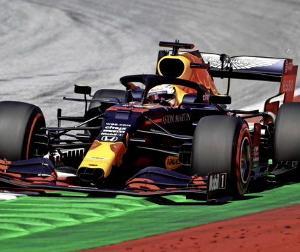 F1オーストリアGP:レッドブルは2台とも電気系のトラブルだったっぽい