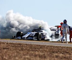 F1ポルトガルGP:ホンダ田辺TD「ガスリー車の火災は電源シャットダウンが起因、原因特定を進めます」
