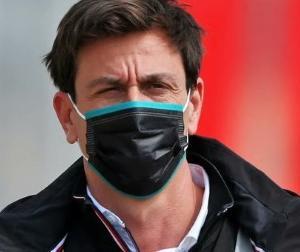 メルセデスのトト・ウォルフ、DTMの成功例を挙げてF1のスプリントレース試験実施を支持
