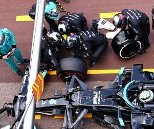 F1モナコGPのボッタスのナット問題、結局止める位置ずれたボッタスが悪いという結論なの?