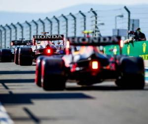 F1ハンガリーGP予選:レッドブル代表ホーナー「オーバーテイクが難しい」「戦略が重要になる」