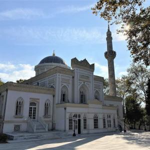 トルコ イスタンブールのモスク ~ユルドゥズ・ハミディエ・ジャーミィ~