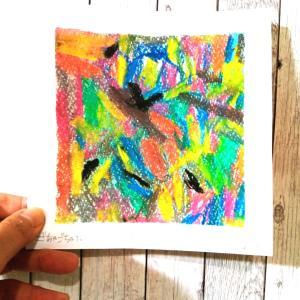 8月ゆびまるこの日は、『ごちゃごちゃ』を描いてみました。
