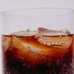 【飲み物】結局一番うまい炭酸飲料ランキング、あの炭酸飲料が…何と18位wwww