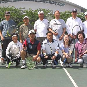 15周年を迎えたシニアテニスクラブ