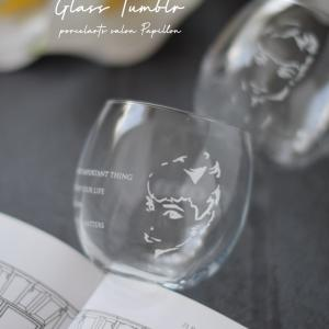 オードリーヘップバーン♡シルエットも美しいグラス