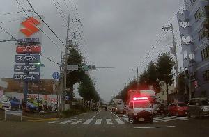 ミニパトの赤色灯点灯を禁止せよ