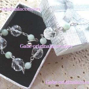 水晶と翡翠のブレスレット