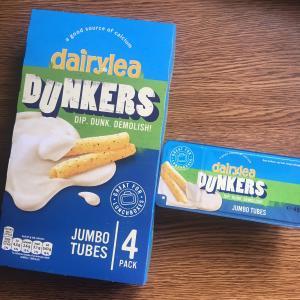 アイルランドのそのへんのものたち ~ dairylea Dunkers Jumbo tubes
